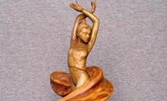 Танец - Деревянная скульптура Владимира Цепляева