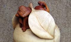 Яблоко раздора - Деревянная скульптура Владимира Цепляева