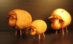 Овечки (год Овцы) - Деревянная скульптура Владимира Цепляева