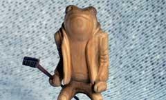 Лягушонок - Деревянная скульптура Владимира Цепляева