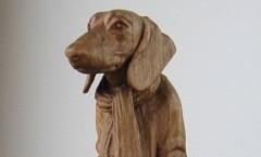 Такса с зонтиком - Деревянная скульптура Владимира Цепляева